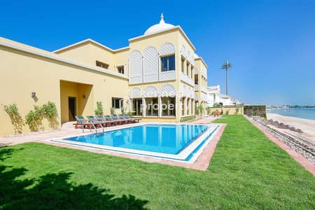 6 Bedroom Villa for Sale in Palm Jebel Ali, Dubai - Private Beach   Well Maintained   Skyline View