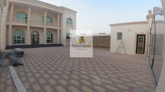 7 Bedroom Villa for Rent in Shakhbout City (Khalifa City B), Abu Dhabi - Brand New Stand Alone Modern Design 7 BR + M   Huge Yard   Extensions