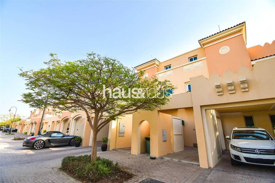 VACCANT ON TRANSFER   BACKING PARK   TOWNHOUSE 2