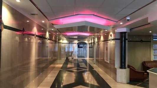 4 Bedroom Apartment for Rent in Bur Dubai, Dubai - 4 B/R + Hall SPACIOUS  Flat (1 MONTH FREE)