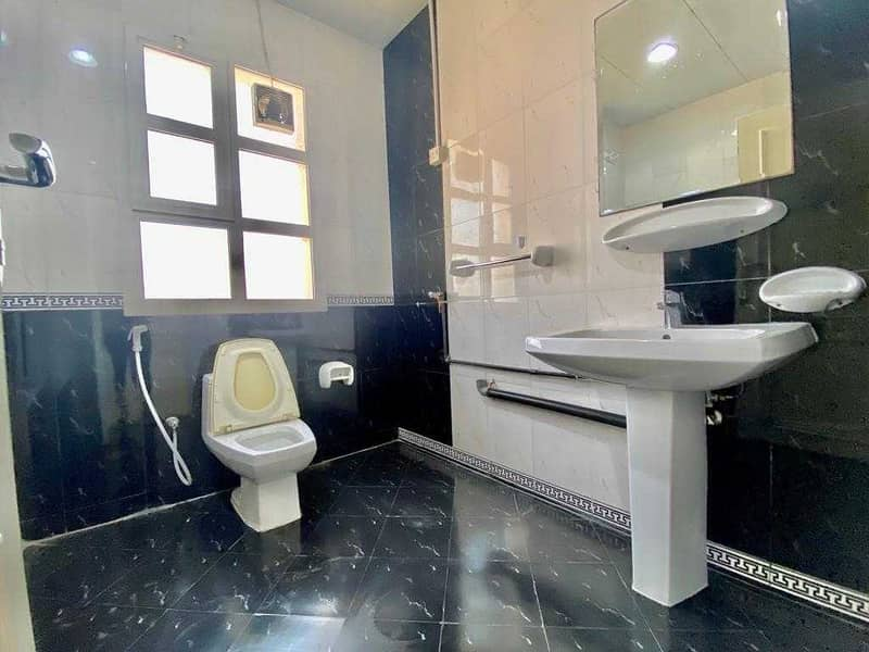 14 Stunning studio apartment in muroor road /no commission fee!