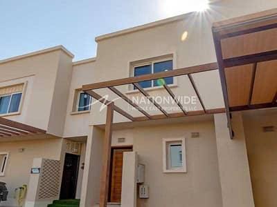 فیلا 2 غرفة نوم للبيع في الريف، أبوظبي - An Absolute Spectacular Villa To Invest In