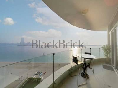 1 Bedroom Apartment for Sale in Palm Jumeirah, Dubai - Uninterrupted Beach Access, Royal Bay The Palm