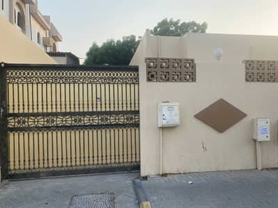 4 Bedroom Villa for Rent in Al Mansoura, Sharjah - Four master rooms on the main street in Mansoura