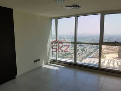 Dubai Arch Tower, 3BR Huge Apartment |  2 Balconies  2 Parking in lake community of JLT Dubai.