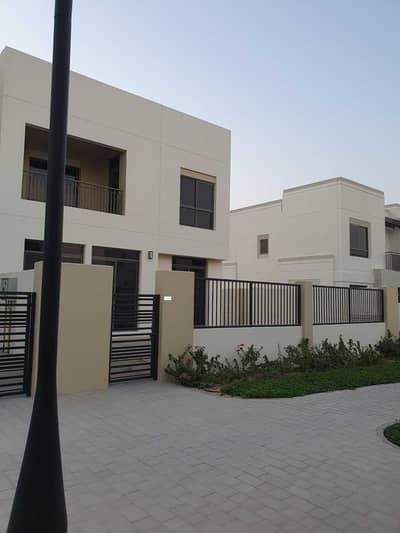 تاون هاوس 4 غرف نوم للبيع في تاون سكوير، دبي - 4BR- Spacious Brand New- Ready to Move in