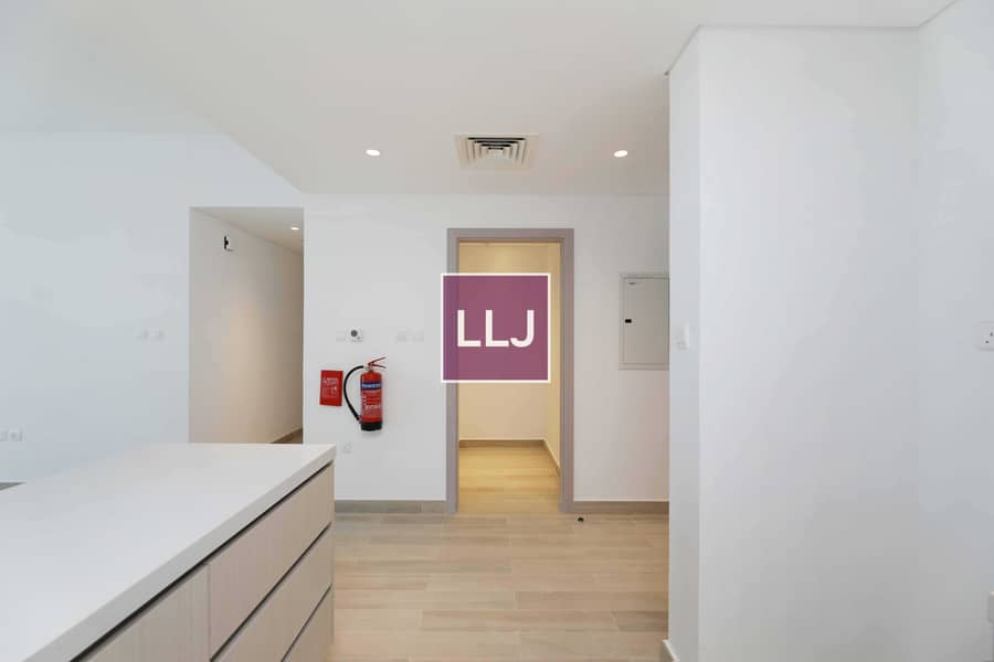 17 Nothing to Compare! Brand New 2 Bed with Balcony