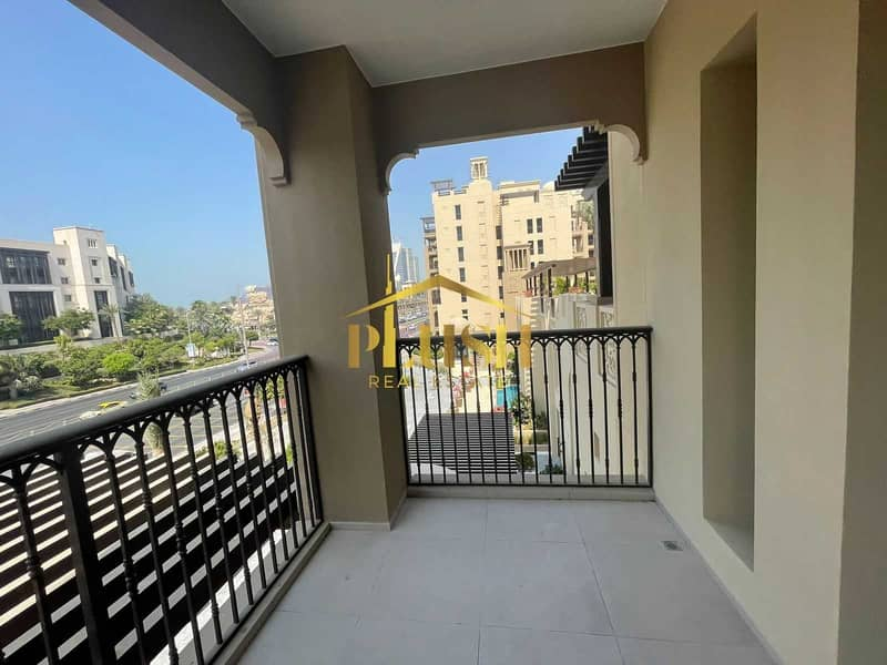 8 Sophisticated Interior   Burj Al View   Safe Community