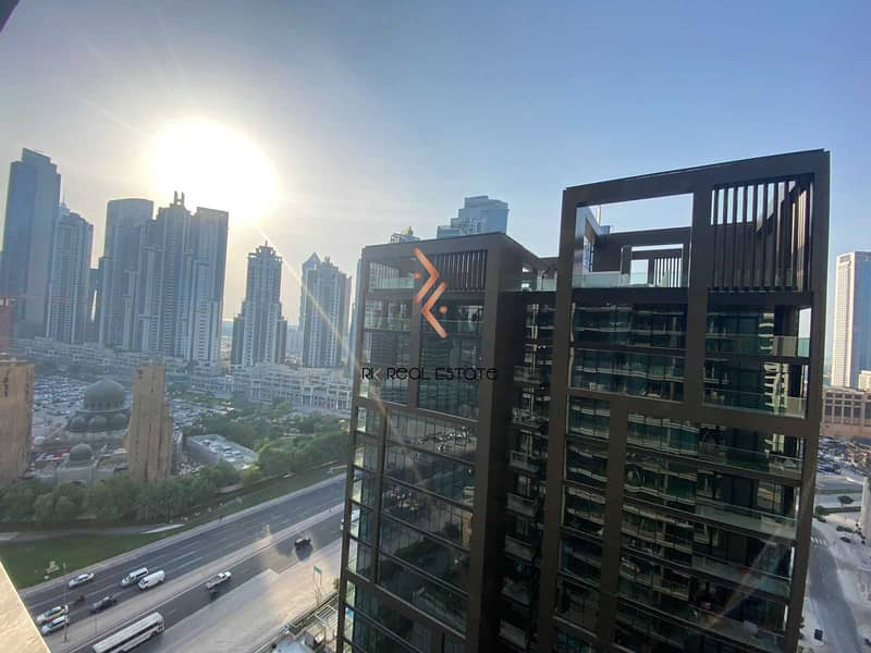2 2BR Apartment with Balcony   Higher Floor