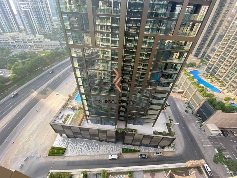 16 2BR Apartment with Balcony   Higher Floor