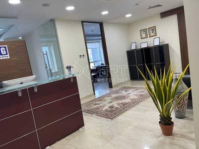 مکتب  للبيع في شارع الشيخ زايد، دبي - مکتب في برج لطيفة شارع الشيخ زايد 2500000 درهم - 5418810