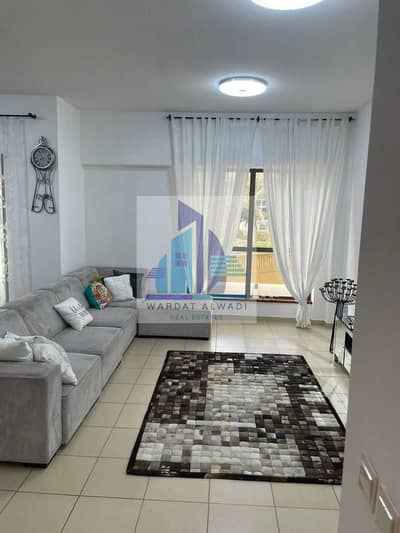 2 Bedroom Flat for Sale in Jumeirah Beach Residence (JBR), Dubai - Beautiful 2BR + Storage Room Facing Marina and Pool