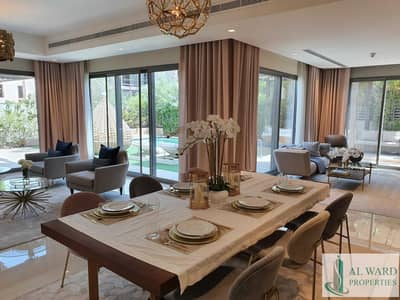 فیلا 4 غرف نوم للبيع في مويلح، الشارقة - Luxury Independent Villa in a Premium Community in a Prime Location  in the Heart of the City