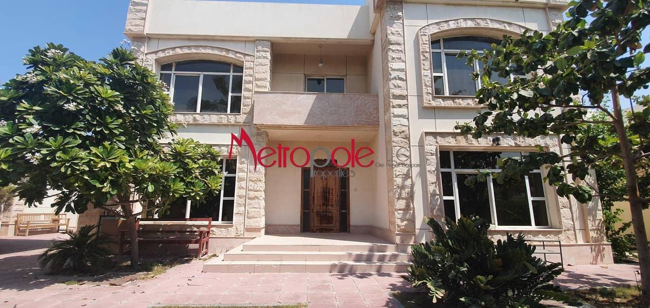 Vacant Villa   Barsha 2   With Pool