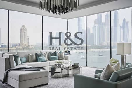 4 Bedroom Penthouse for Sale in Palm Jumeirah, Dubai - Beachfront Living I Penthouse 4 Beds I Full Sea View