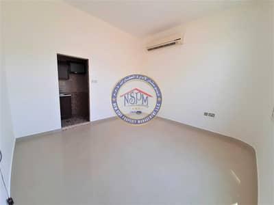 استوديو  للايجار في المشرف، أبوظبي - Free 1-Month | Beautiful Studio w/ Private Entrance | No Commission!
