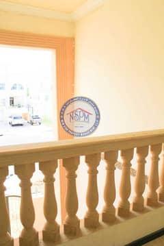 شقة في المشرف 2 غرف 70000 درهم - 5405049