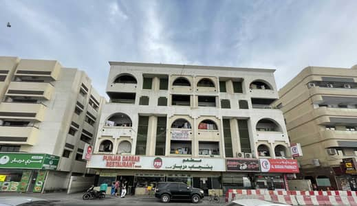 Shop for Rent in Deira, Dubai - 1 Month Rent Free, No Commission