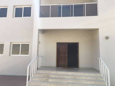 5 Bedroom Villa for Rent in Barashi, Sharjah - Spacious 5 Bedroom Villa available for rent in Al Barashi, Sharjah