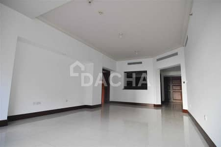 1 Bedroom Apartment for Rent in Palm Jumeirah, Dubai - Community view / Vacant on 15th Oct
