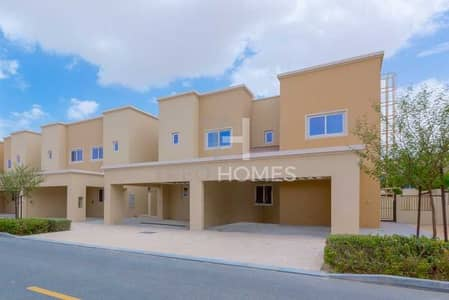 تاون هاوس 4 غرف نوم للايجار في دبي لاند، دبي - Direct access to pool & park | Corner plot