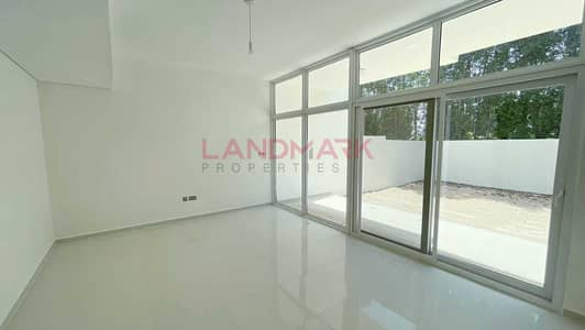 4 Bedroom Townhouse for Sale in DAMAC Hills 2 (Akoya Oxygen), Dubai - Ready To Move 4BR With Terrace Single Row High Investing