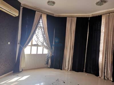5 Bedroom Villa for Rent in Al Marakhaniya, Al Ain - Nice beauty villa for rent in AL markhania