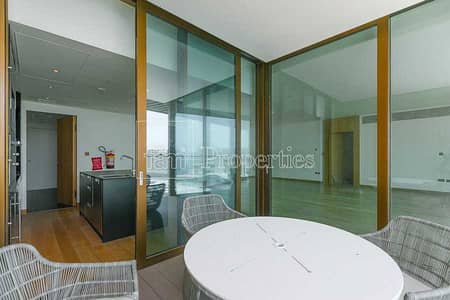 3 Bedroom Apartment for Sale in Jumeirah, Dubai - Unrivalled w/Stunning View From High FLoor
