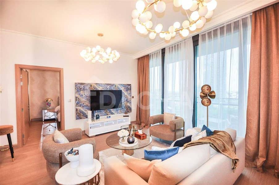 2 Luxury 2 Bedroom / Furnished / Garden View