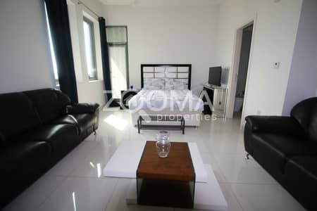 Studio for Rent in Business Bay, Dubai - Fully Furnished | High Floor | Balcony