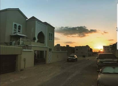 For rent a villa in the Rawda 1 area at a very excellent price