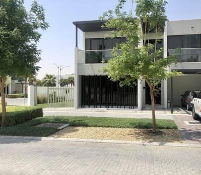6 Bedroom Villa for Sale in DAMAC Hills 2 (Akoya by DAMAC), Dubai - Biggest Plot | Single Row | Corner Villa.