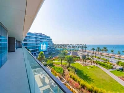 5 Bedroom Penthouse for Sale in Palm Jumeirah, Dubai - Island Lifestyle  Exquisite Finishing Amazing View