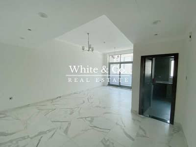 2 Bedroom Apartment for Rent in Business Bay, Dubai - Spacious | 2 Bed + Storage | Brand New