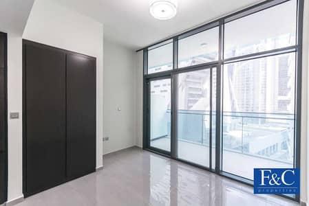 Studio for Rent in Business Bay, Dubai - Sparkling    Semi Furnished Studio   Mid floor