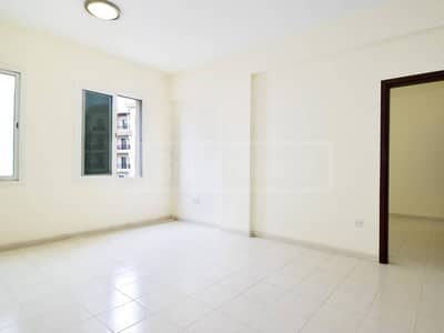 Vacant on Transfer 1 Bed in International City