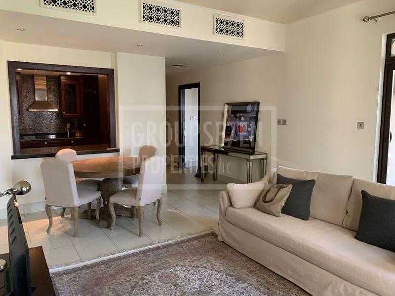 2 Lovely apartment quiet overlooking the community