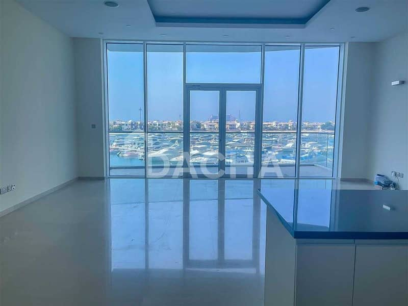2 Atlantis Views /Vacant + Ready / Well Maintained
