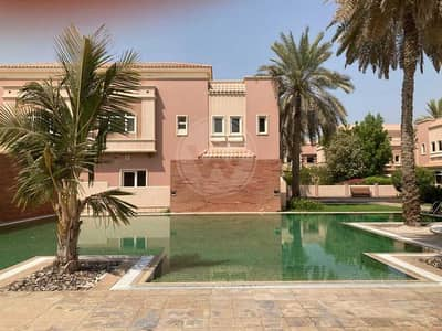 5 Bedroom Villa for Rent in Al Mushrif, Abu Dhabi - Family compound   Two gardens   Roof terrace