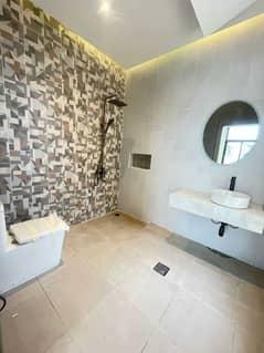 modern and beautifull villa 4 MB in oud AL muteena