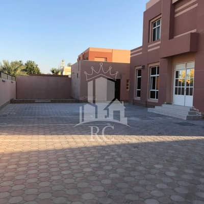فیلا 5 غرف نوم للبيع في البرشاء، دبي - فیلا في البرشاء 3 البرشاء 5 غرف 4400000 درهم - 5430607