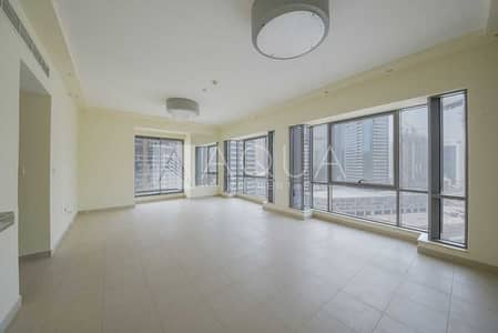 2 Bedroom Apartment for Rent in Downtown Dubai, Dubai - Chiller Free | Vacant | Immaculate Condition