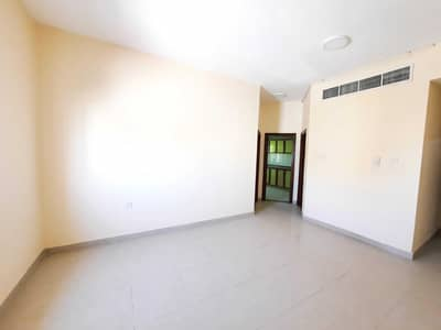 1 Bedroom Flat for Rent in Muwailih Commercial, Sharjah - REDY TO MOVE 1BHK JUST 20K Close to University area
