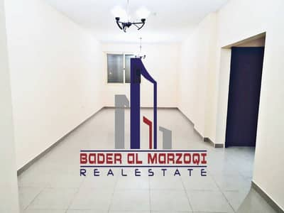 1 Bedroom Flat for Rent in Muwailih Commercial, Sharjah - 40 Days Free ! 1000 Square feet 1BHK Rent With Parking 25K ! Close To Sharjah Cooperative Muwailih