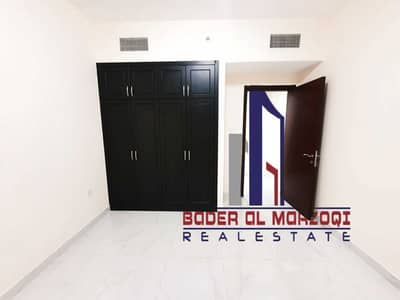 فلیٹ 2 غرفة نوم للايجار في تجارية مويلح، الشارقة - شقة في برج امبر تجارية مويلح 2 غرف 29990 درهم - 5431737