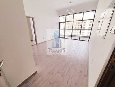 1 Bedroom Flat for Rent in Nad Al Hamar, Dubai - Family Brand New Building - Airy living area