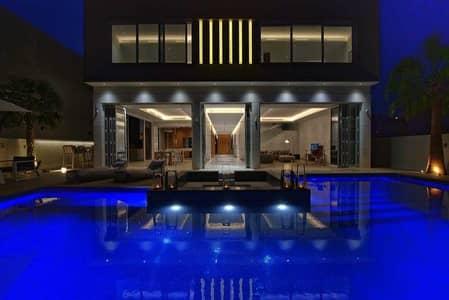 فیلا 5 غرف نوم للايجار في نخلة جميرا، دبي - CUSTOM VILLA / MARINA VIEW / COMING AVAILABLE