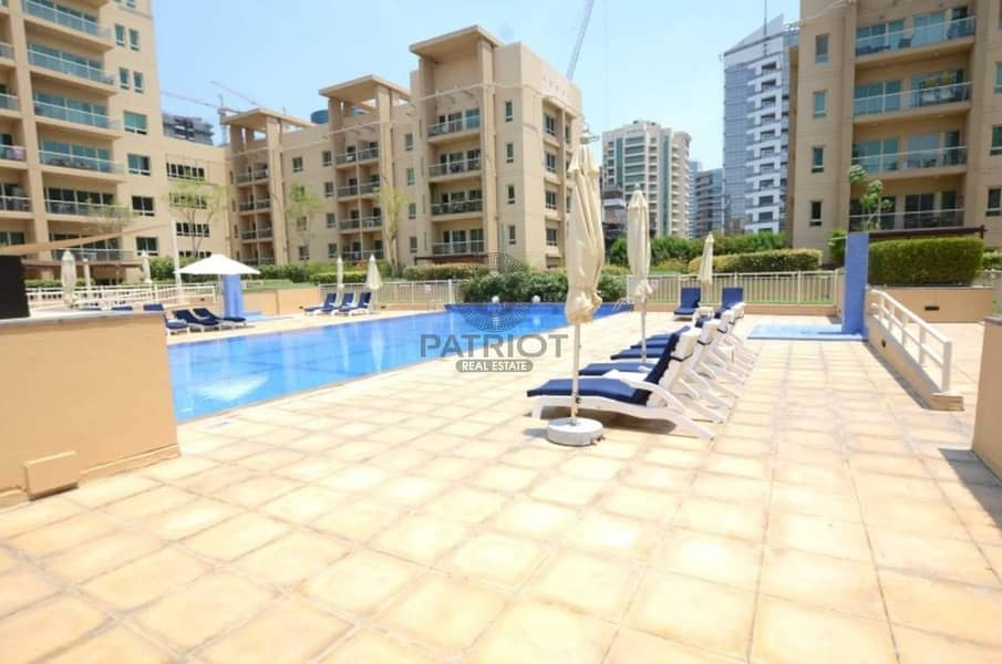 10 EXCLUSIVE AMAZING 1BR WELL MAINTAINED UNIT IN GREENS POOL VIEW