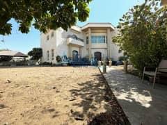Large 7 BR Villa | Private Pool| Garden| For Sale