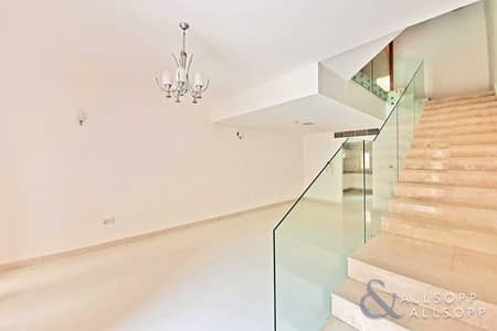 4 Bedroom Villa for Rent in Jumeirah Village Circle (JVC), Dubai - Available Immediately   Roof Terrace   4 Bed